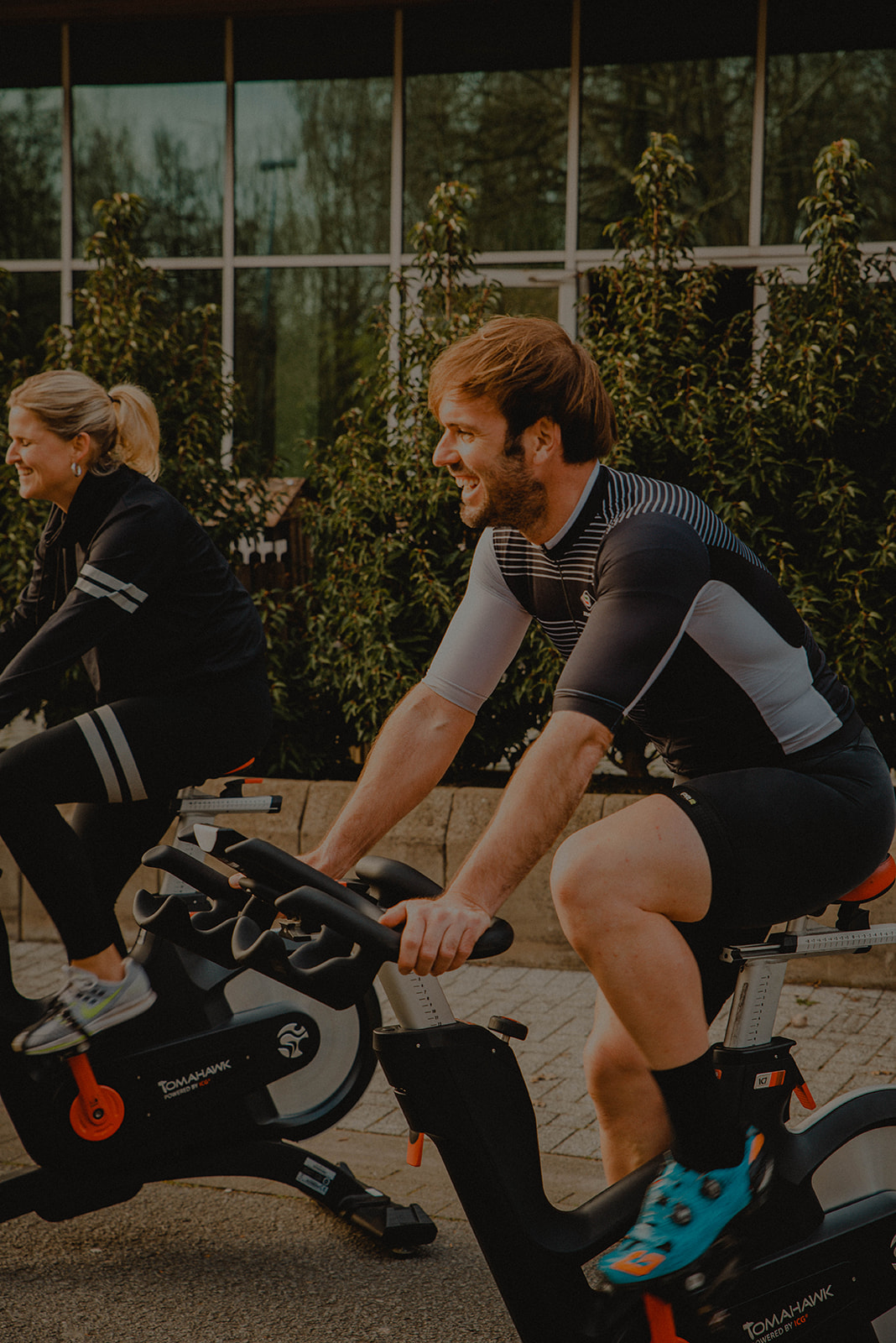Cycling HIIT (45′)